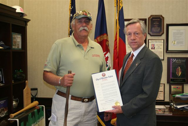 # 0507 5[1].25.07 Winston-Salem Mayor Allen Joines Presents MR. Diabetes(R) with Proclamation
